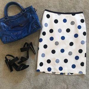 Talbots cream pencil skirt with circle pattern